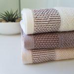 3 absorbent bath towels